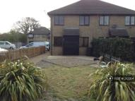 1 bedroom semi detached home in Brockenhurst Way...