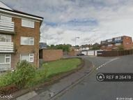2 bed Flat in Fairview Drive, Chigwell...