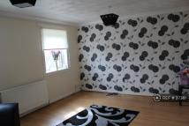 Flat to rent in Northfield Road, Kilsyth...