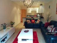 2 bed Flat in Sunnyside, London, NW2