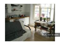 Flat in Brixton, London, SW9