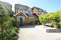 Detached house in Bramley Chase...
