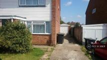 2 bedroom semi detached house to rent in Charles Close, Snodland...