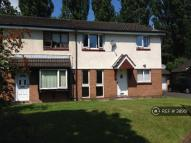 2 bedroom Flat to rent in Crumpsall, Manchester, M8