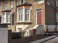 Flat to rent in Tufnell Park, London, N7