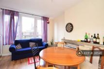 Flat to rent in Longnor Road, London, E1