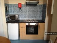 Studio apartment to rent in Holmdale Road, London...