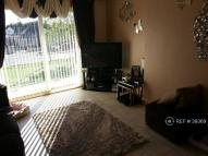 Flat to rent in Grangemouth, Falkirk, FK3