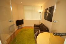 1 bed Flat to rent in Stratford, London, E15