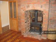 3 bed semi detached home to rent in Parkfields, Chippenham...