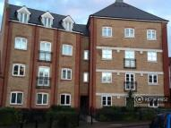 Flat to rent in Albany Gardens...