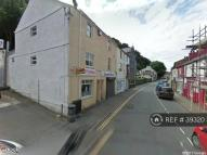 Maisonette to rent in High Street, Bangor, LL57