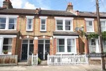 Maisonette to rent in Balvernie Grove, London...