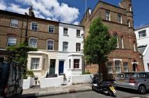 Flat to rent in Caithness Road, London...