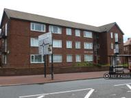 1 bedroom Flat to rent in Silver Lonnen...
