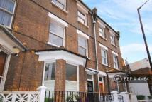 2 bedroom Flat to rent in Burgess Park, Walw...