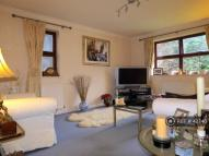 Flat in Mill End, Rickmansworth...