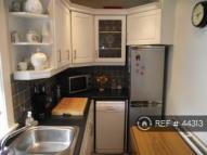2 bed Flat to rent in Brightons, Falkirk, FK2