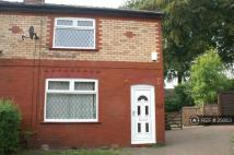 semi detached property to rent in Heys Avenue, Romiley, SK6