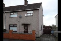 Meadow Lane semi detached house to rent