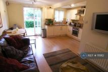 2 bed Flat in Kingsworthy Close...