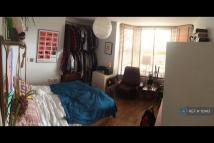 Upper Clapton Road Flat to rent