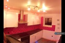Flat to rent in Coniston Walk...