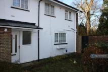 3 bedroom End of Terrace property to rent in Sycamore Close, Crawley...