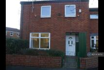 4 bed semi detached property to rent in Dunnock Grove...
