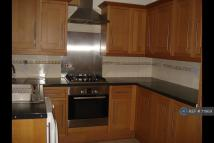 2 bed Terraced property in Sheaveshill Avenue...