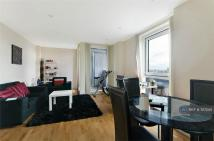 1 bed Flat to rent in Wharfside Point South...
