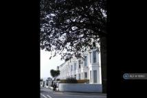 2 bed Flat to rent in Flat 3...