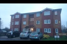 2 bed Flat to rent in Rounders Court, Dagenham...