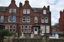 1 bed Flat to rent in Headingley, Leeds, LS6