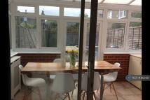 2 bedroom Flat to rent in Cavendish Road, London...