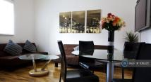 3 bed Flat to rent in Polygon Road, Crumpsall...