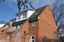 Maisonette to rent in Brasted Close, Orpington...