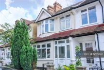 4 bedroom End of Terrace house to rent in Thornton Heath, London...