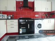 Dyas Avenue semi detached property to rent