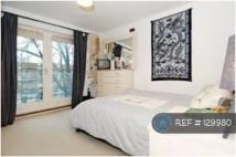 Flat to rent in London, London, N1