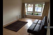 Flat in Raynes Park, London, SW20