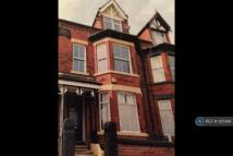 Flat to rent in Heaton Chapel, Stockport...