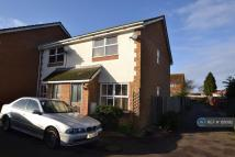 2 bed End of Terrace house in Feltham, Feltham, TW14
