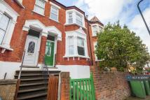 4 bed Terraced property to rent in Tuam Road, Woolwich, SE18