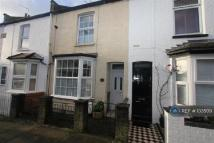 3 bed Terraced home in Mead Road, Edgware, HA8
