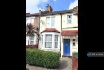 1 bedroom Flat to rent in Bedford Road, Harrow, HA1