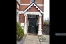 1 bedroom Flat to rent in Thorney Hedge Road...