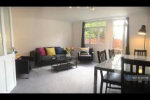 3 bed Terraced house in Avebury Court, London, N1