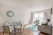 Flat to rent in East Drive, London, NW9