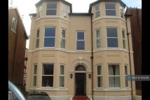 Flat to rent in Irving Street, Southport...